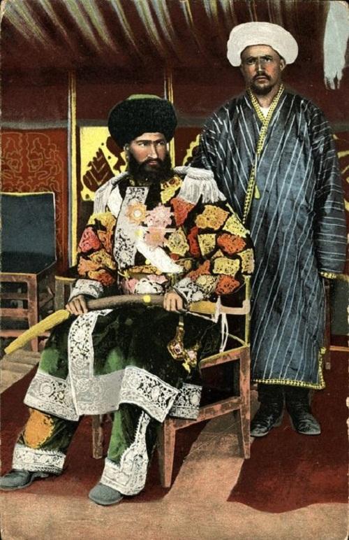 узбекский национальный халат