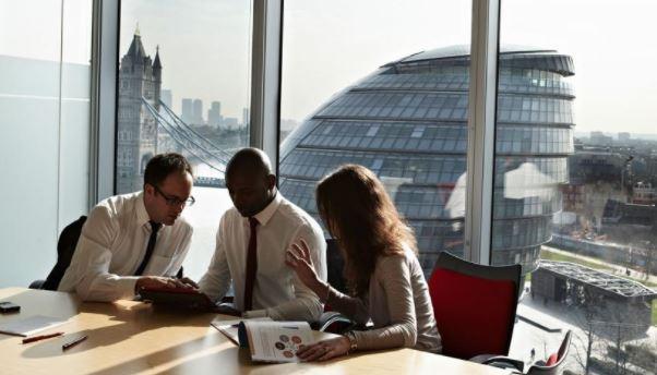 Работа в офисе Лондона