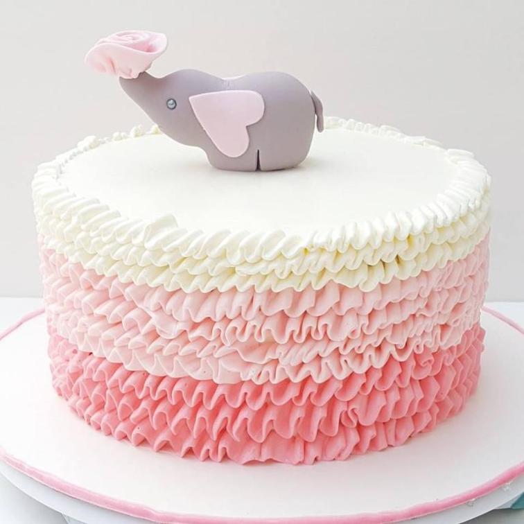 Торт с линиями