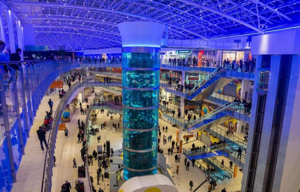 самый большой торговый центр в России Авиапарк