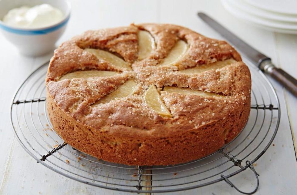 способ приготовления шарлотки с яблоками в духовке