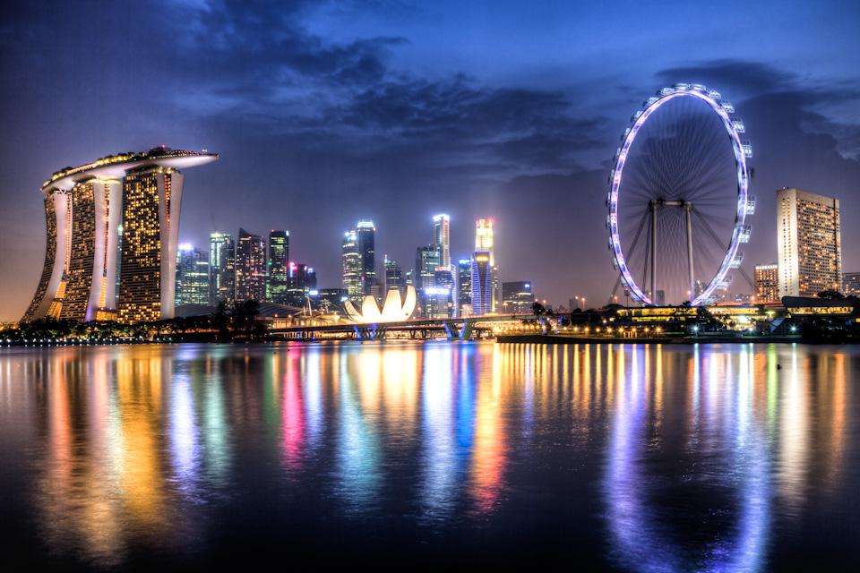 Ночной вид Сингапура