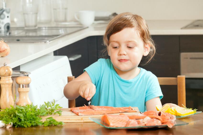 Как приготовить рыбу для первого прикорма ребенка