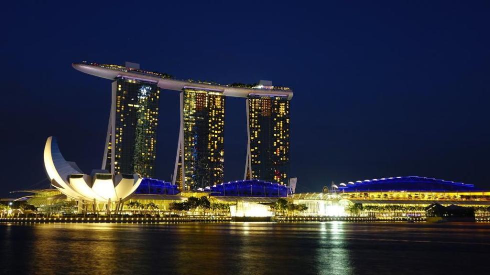 вид на сингапур с воды