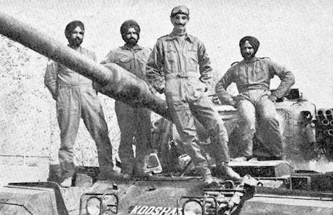 Индийские танкисты