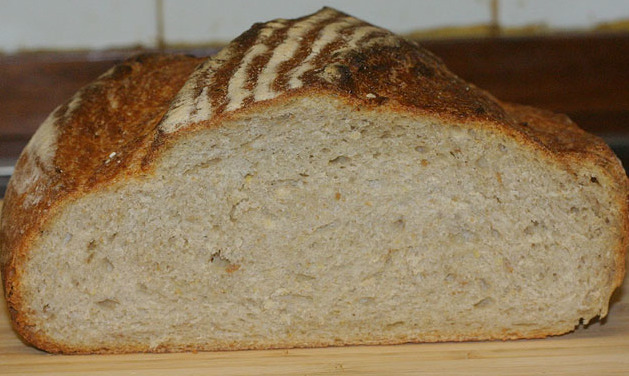 Белый заварной хлеб
