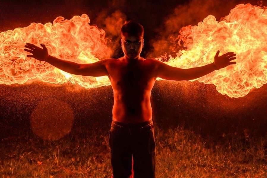 Человек с силой огня