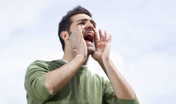 как лечить несмыкание голосовых связок