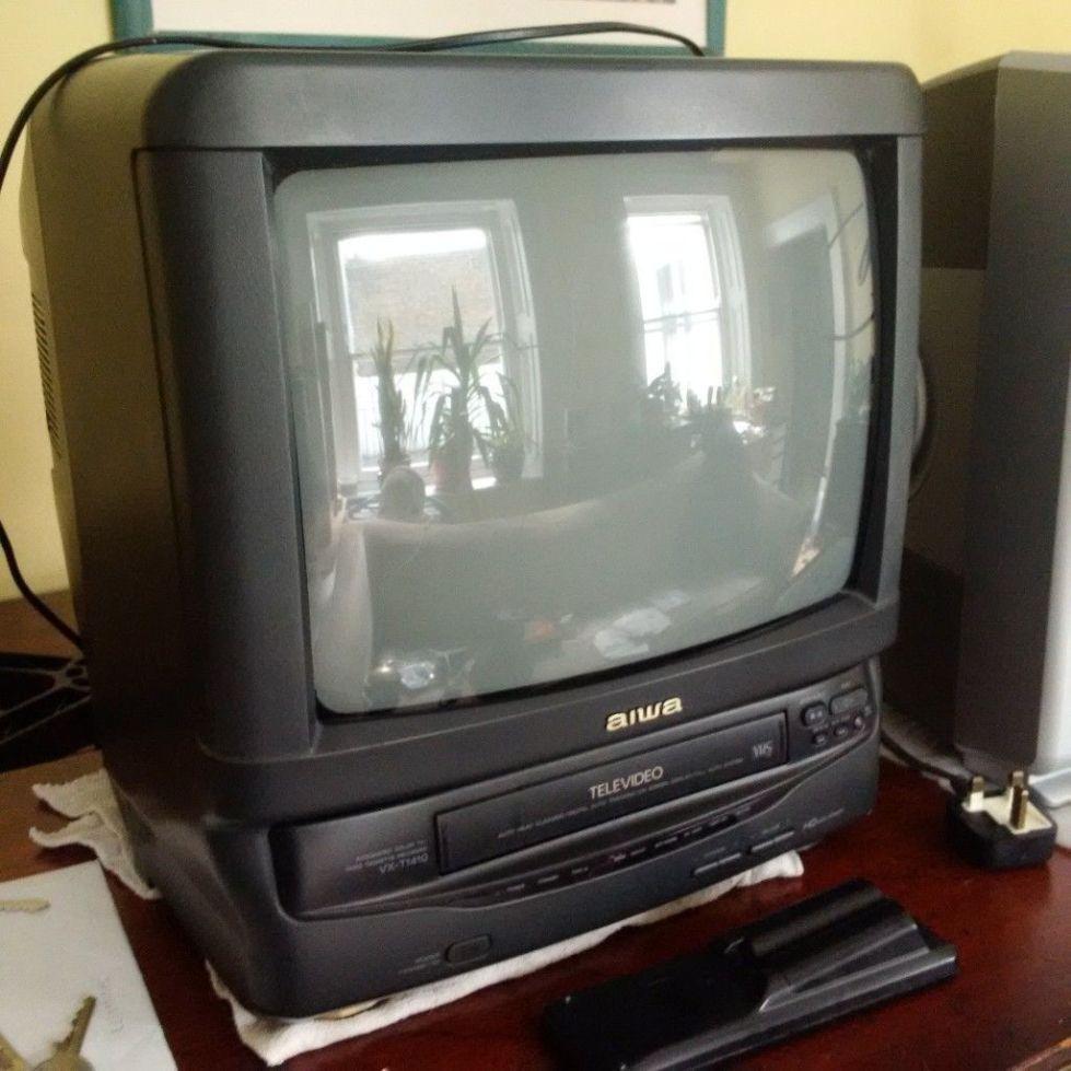 Телевизор 90-х годов