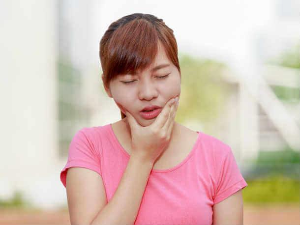 Симптомы мукозита слизистой рта