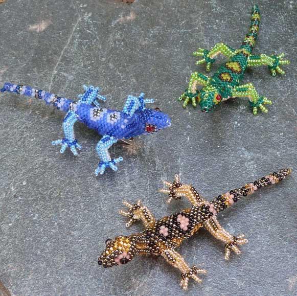 ящерица из бисера схема плетения