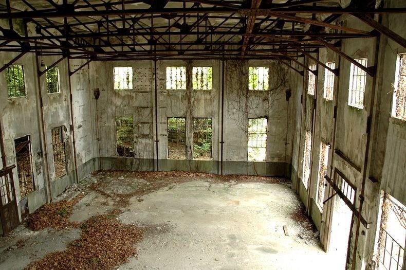 бывшая лаборатория на Острове кроликов