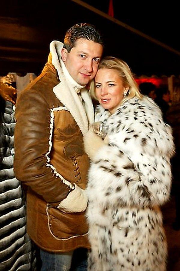 Светлана Захарова (Маниович) с мужем Тимуром Ивановым