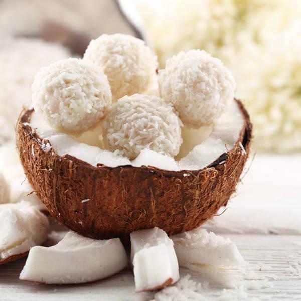 Как приготовить кокосовые шарики