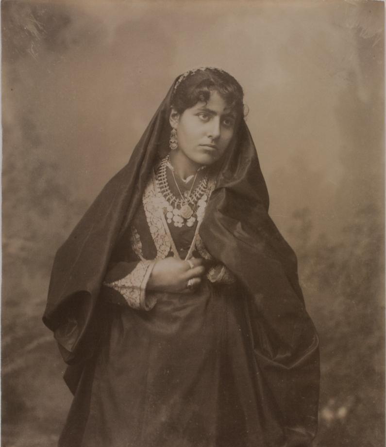 Еврейская девушка