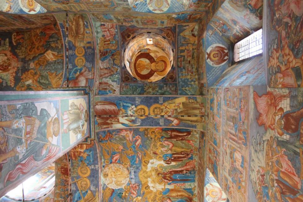 Роспись в церковном зале