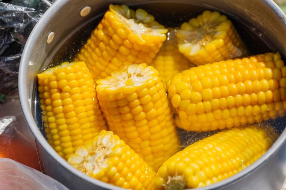 Кукуруза консервированная: польза и вред для здоровья