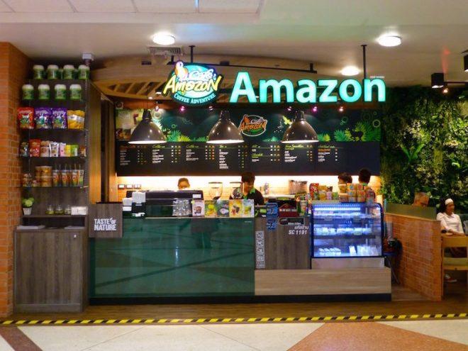 Ein sehr großer Internetversender scheint auf dem Airport in Chiang Mai einen Kiosk zu betreiben, wo Menschen ohne Magenverstimmung Getränke und Speisen erwerben können.