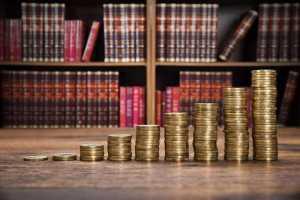 כמה עולה להוציא ספר מחיר מחירון הוצאת ספרים טקסט רץ הוצאה לאור