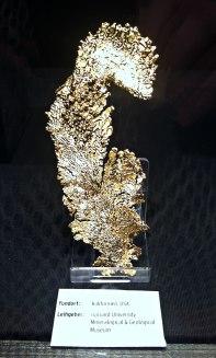 hauchzartes Gold