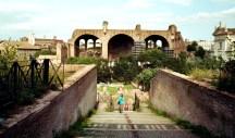 Blick auf die Basilika des Konstantin und Maxentius