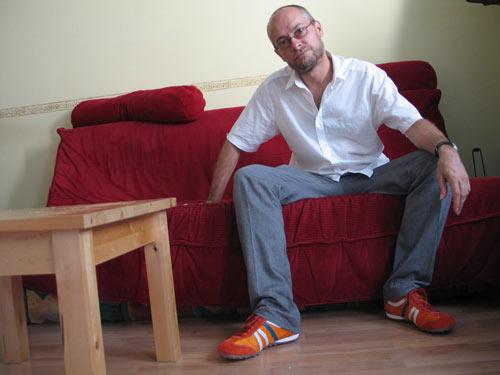 Geox am Abend - Sofa in Originalfarbe