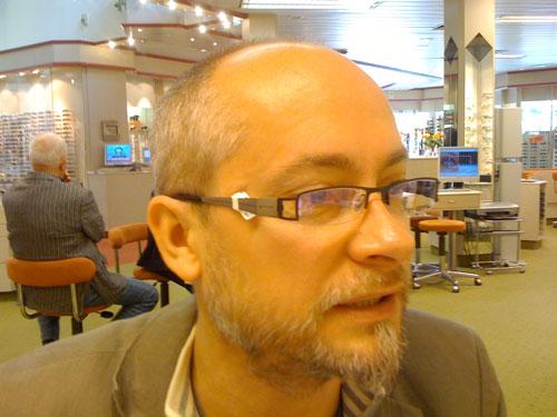 Die neue Brille - von der netten Optikerin aufgenommen