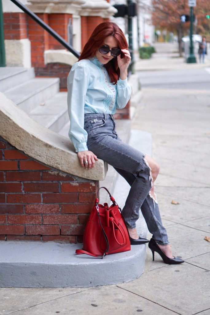 HIGH WAISTED JEANS, RED BUCKET BAG, BLACK HEELS