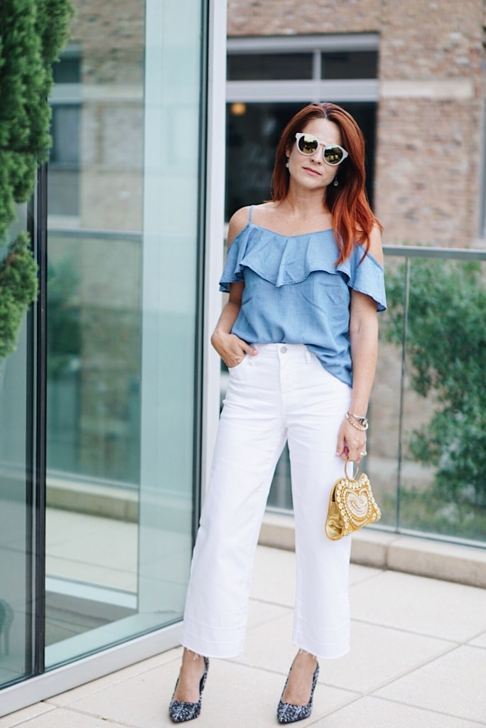 ruffles, ruffled top, chambray top, casual chic, hotel sorella, houston hotels