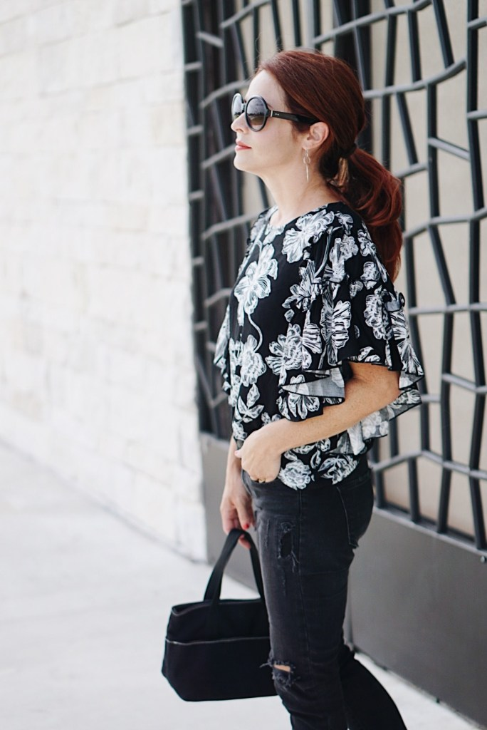 flora top, who what wear collection, target, ruffle sleeves, casual pony tail, round sunglasses, black canvas bag