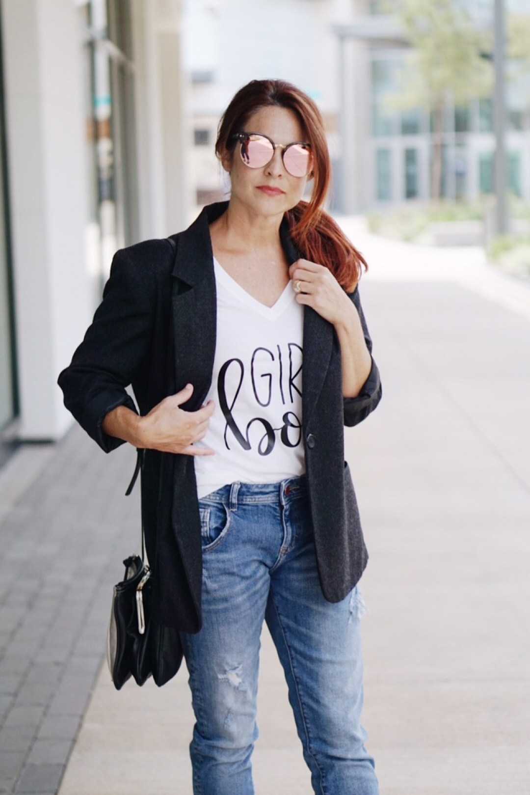 blazer and jeans ideas, girl power shirt, boyfriend jeans, men inspired blazer, minimalist