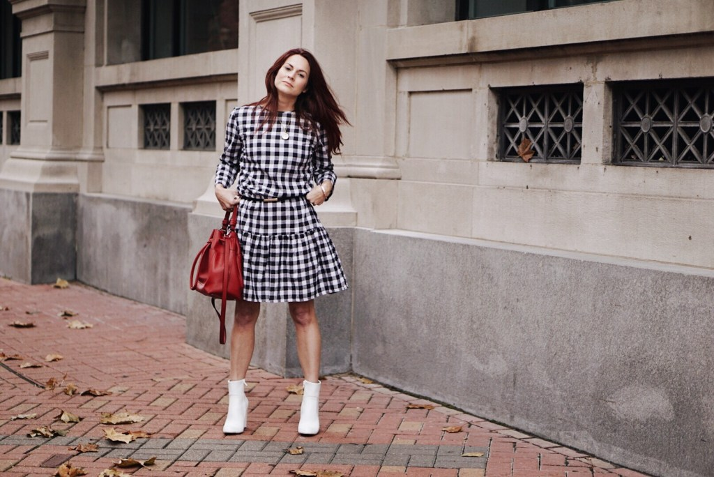 ruffled dress, valentines outfits, white boots, red bucket bag, black skinny belt