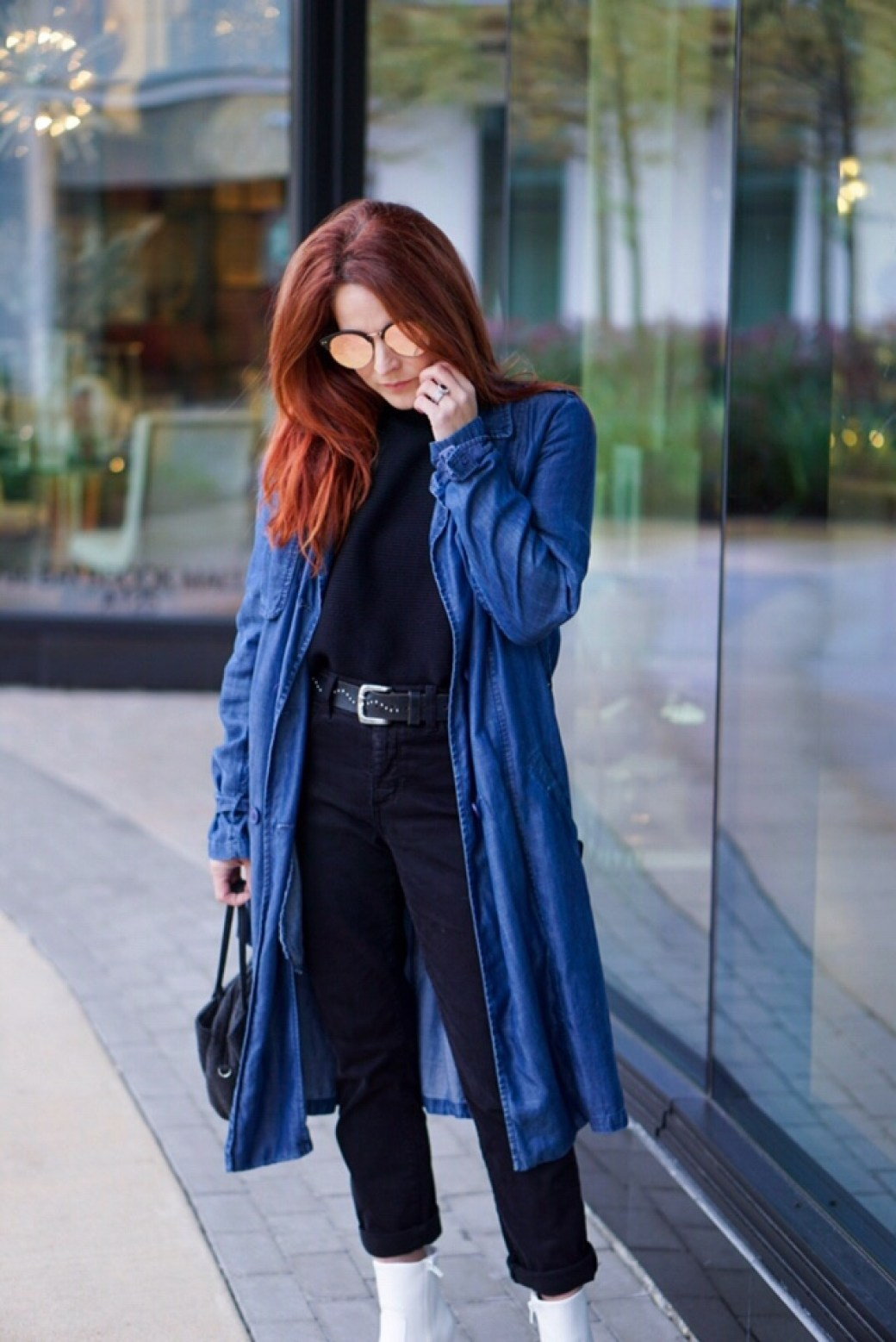 how to style a denim trench coat, spring fashion, fall fashion, white boots, red hair ideas