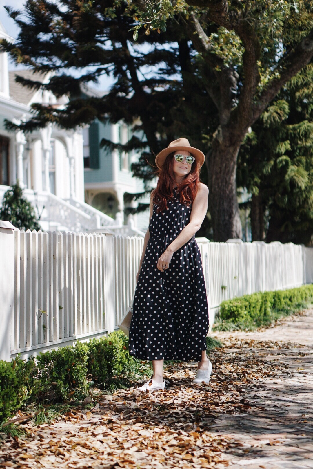 sundresses, polka dots, Galveston, Tx, sneakers, brown hat outfits, dresses with polka dots