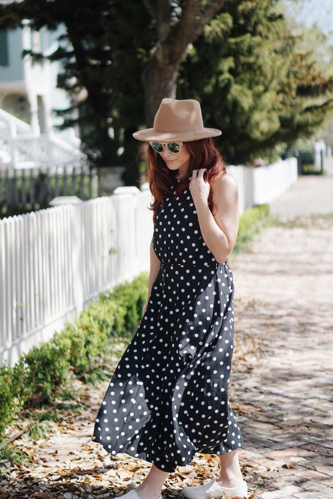 brown hat, black and white polka dots, white picket fence, galveston, tx, sneakers