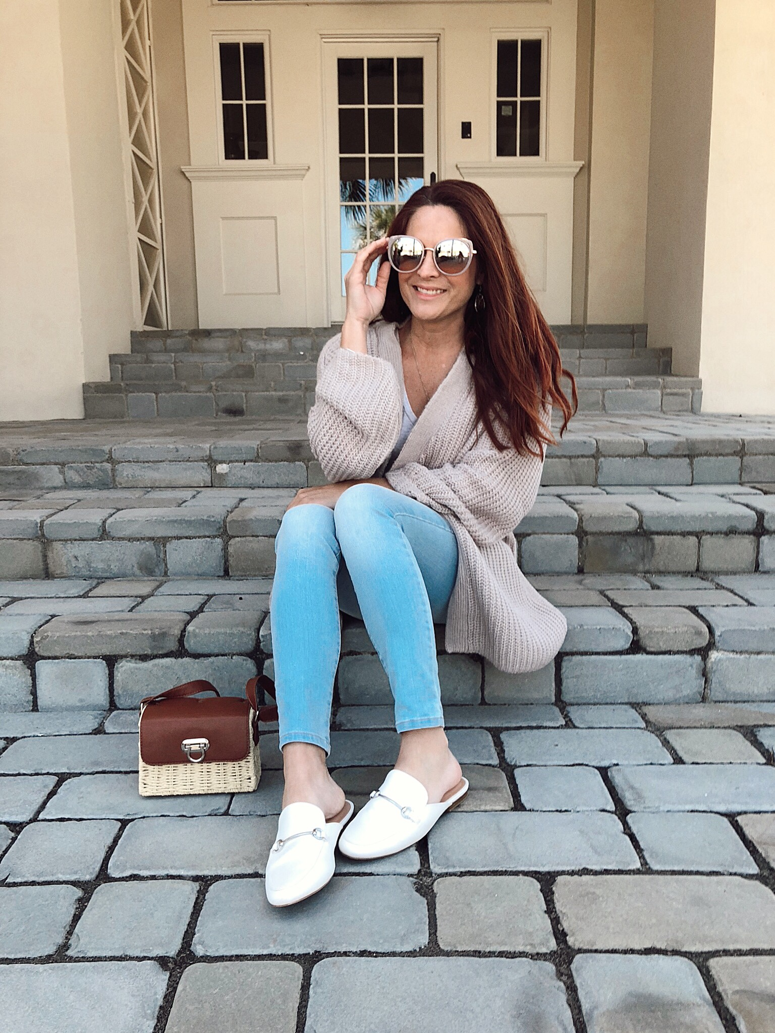 how to be an authentic blogger, light wash jeans, casual cardigan, white mule loafer outfits, serious bloggers,