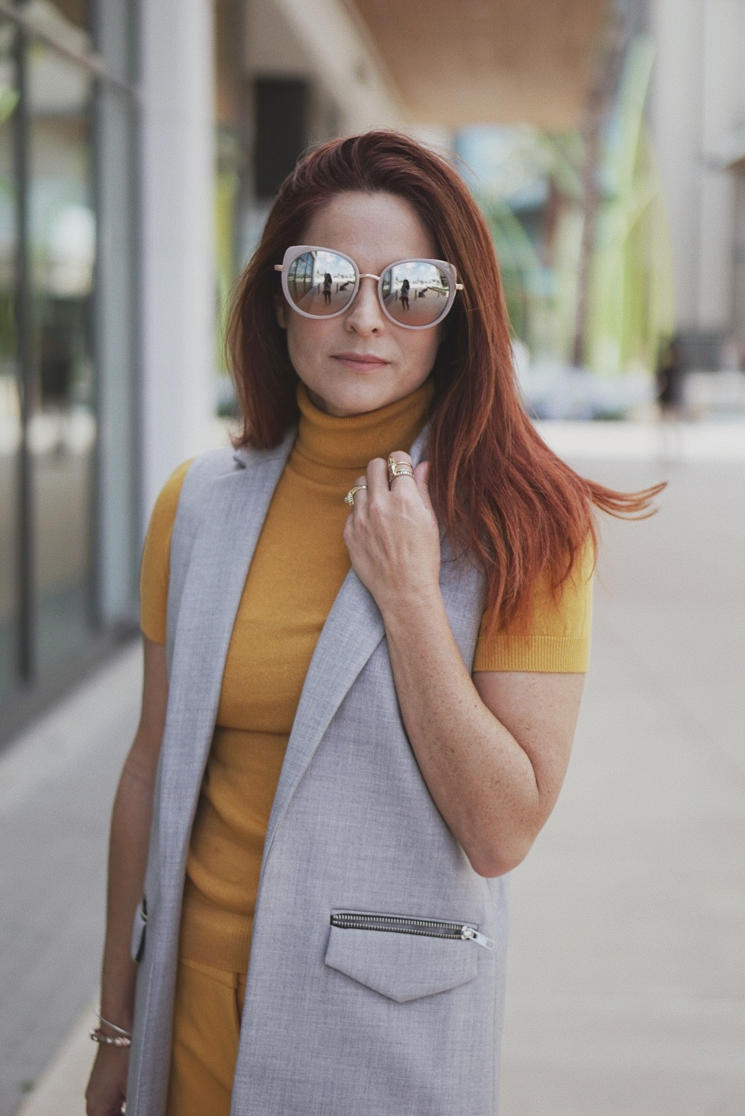 mustard yellow sweater outfits, red hair ideas, yellow turtlenecks,