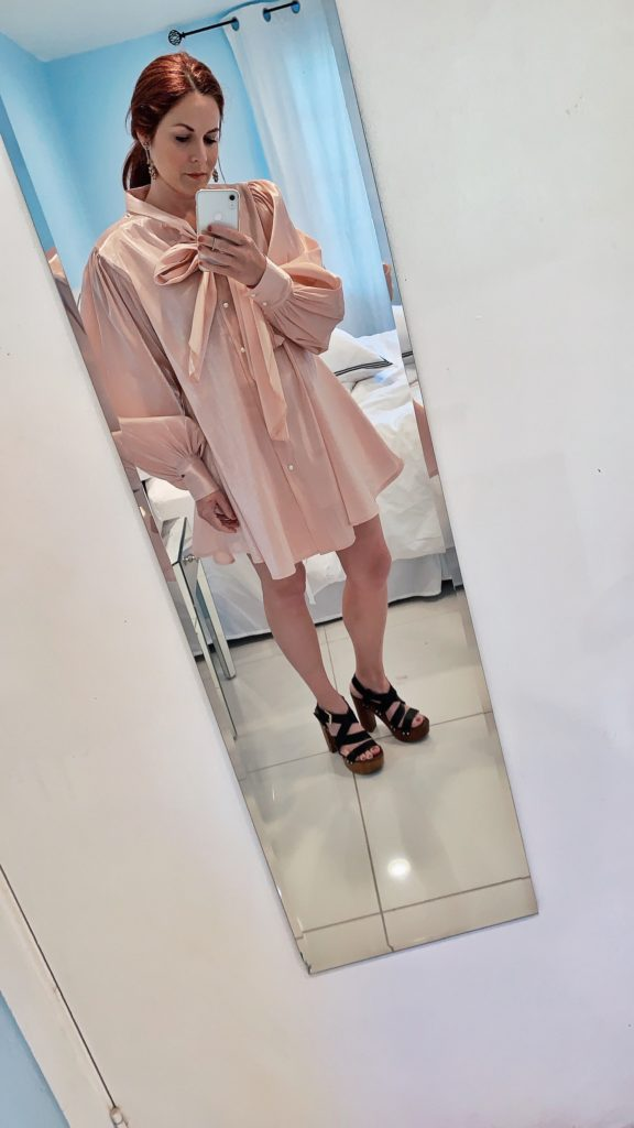 mirror selfie, pink dress outfits