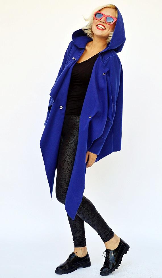 blue hooded jacet