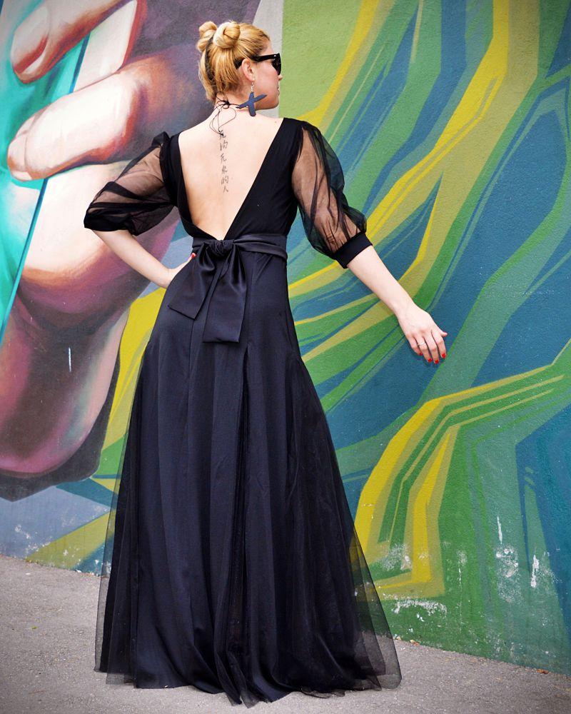 V backless dress