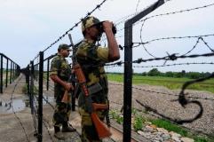 भारतीय सेना ने पाकिस्तानी फौजियों की चार पोस्ट की तबाह