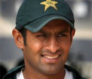 पाक के पूर्व कप्तान शोएब ने टेस्ट क्रिकेट को कहा अलविदा