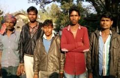 महाराष्ट्र की फैक्ट्री में एमपी के 37आदिवासी मजदूर बंधक