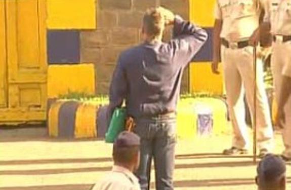 sanjay salute national flag