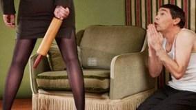 आप भी चौंक जाएँगे इसलिए खाता है पत्नी के हाथ की मार