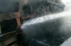 भोपाल: प्लास्टिक कारखाने में लगी आग बुझाने में 35 गाड़ियां लगी