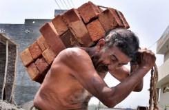 मोदी सरकार में मजदूर की नई परिभाषा