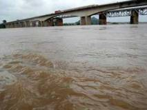 यूपी: घाघरा नदी में बाढ़ की हालत पर चिंता