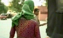 मंदिर के बाहर से अगवा कर महिला के साथ गैंगरेप