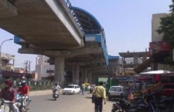 दिल्ली के द्वारका मोड़ मेट्रो स्टेशन के पास मुठभेड़, कई राउंड गोलियां चलीं